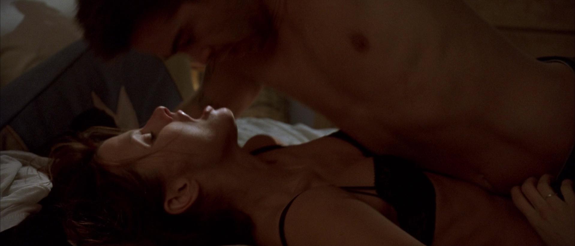 bridget moynahan nude sex scene