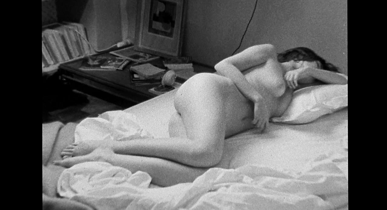 Elodie Bouchez nude, Angela Lindvall sexy - CQ (2001)