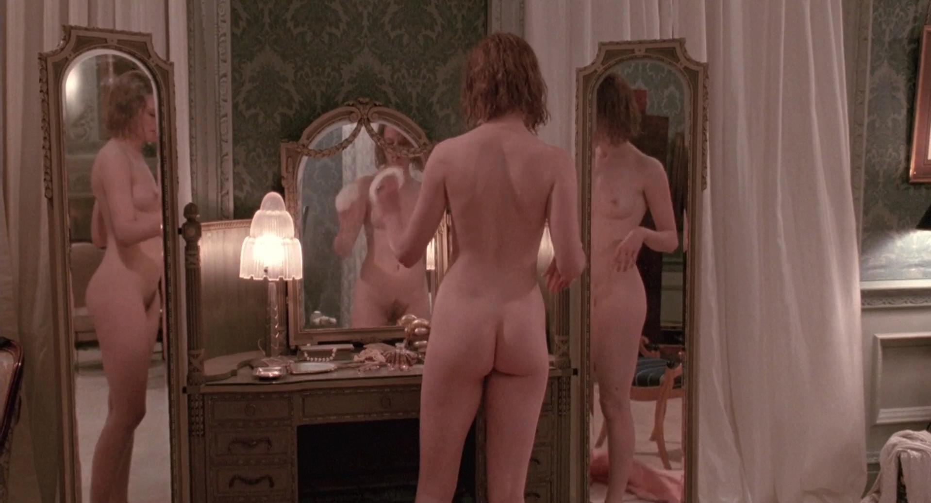 Nicole Kidman nude - Billy Bathgate (1991)