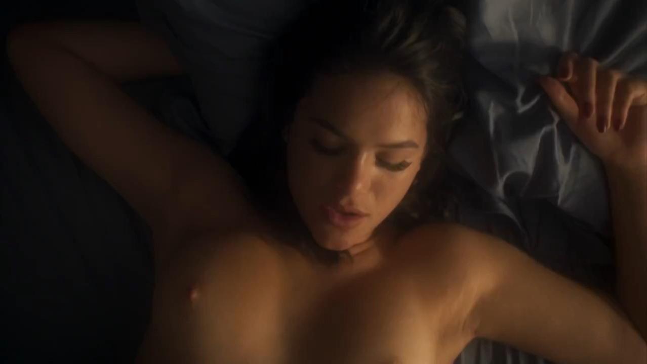 Bruna Marquezine nude, Leticia Colin sexy - Nada Sera Como Antes s01e03 (2016)