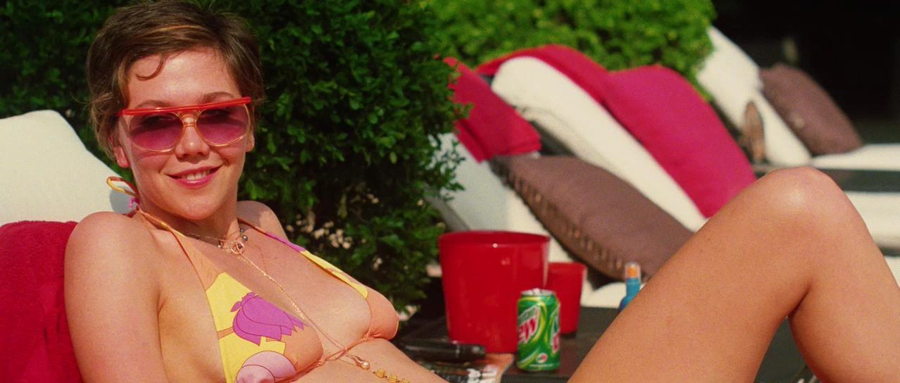 Maggie Gyllenhaal nude - Happy Endings (2005)