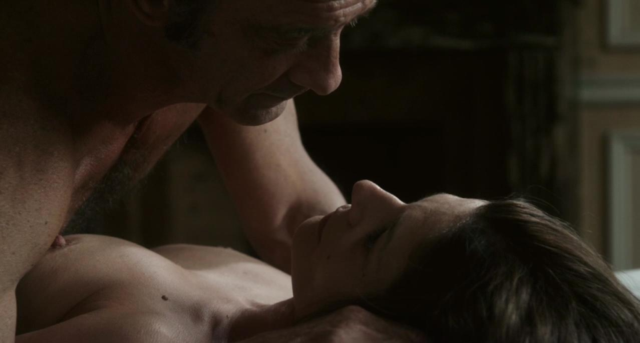 Chiara Mastroianni nude - Bastards (2013)