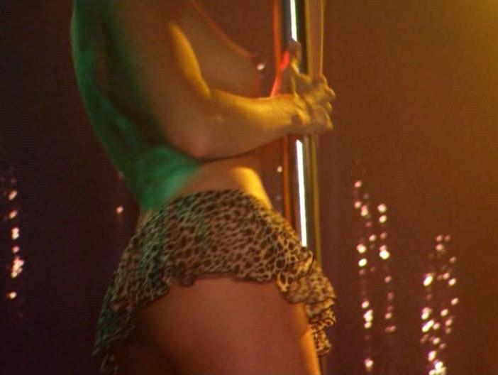 Willa Ford nude - Anna Nicole (2007)