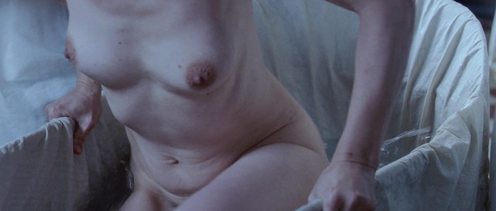 Juliette Binoche nude - Camille Claudel 1915 (2013)
