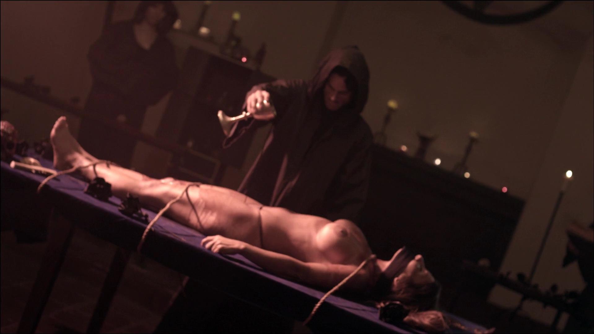 Sara Malakul Lane nude - 12-12-12 (2012)