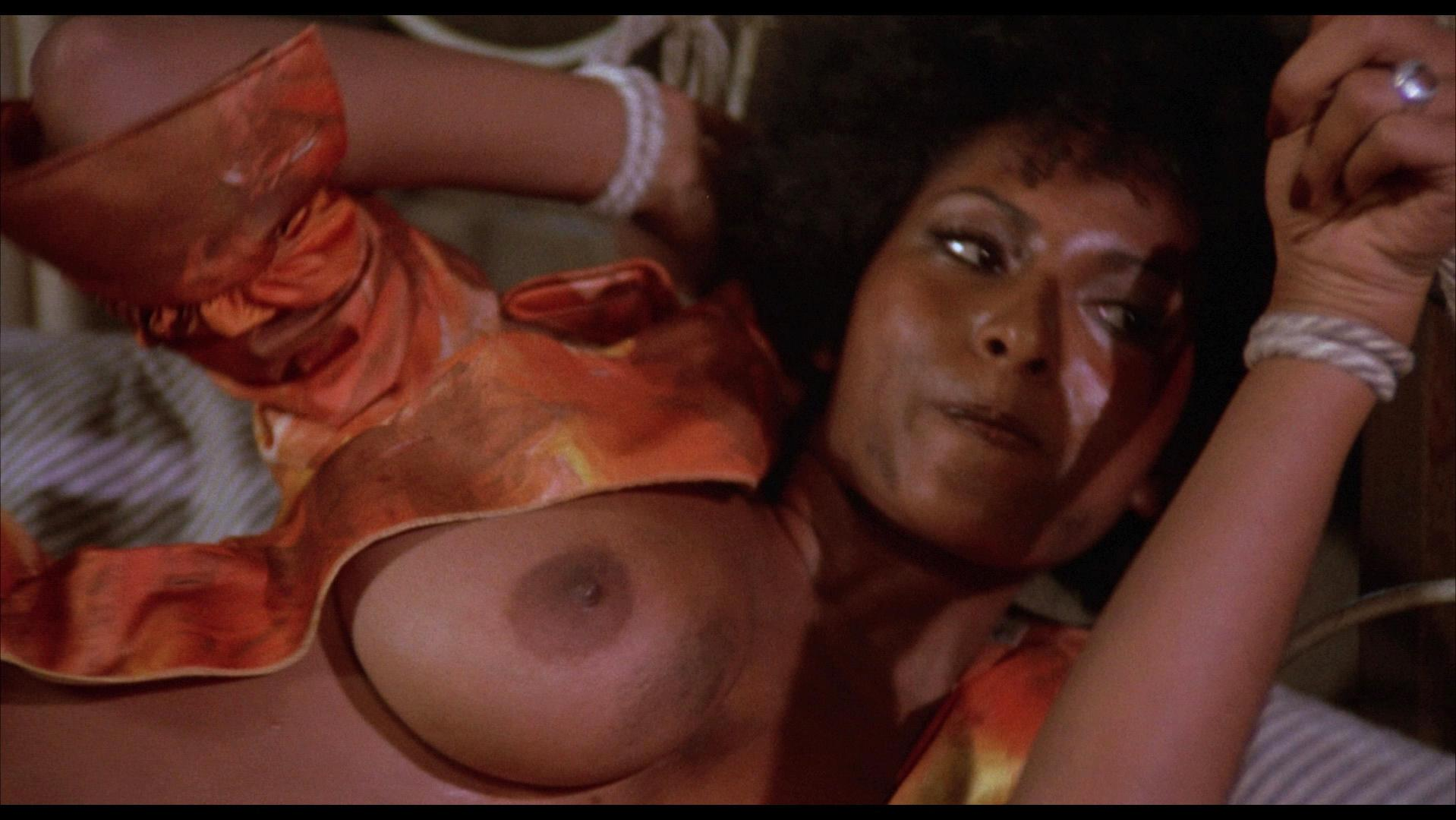 images of foxy brown naked