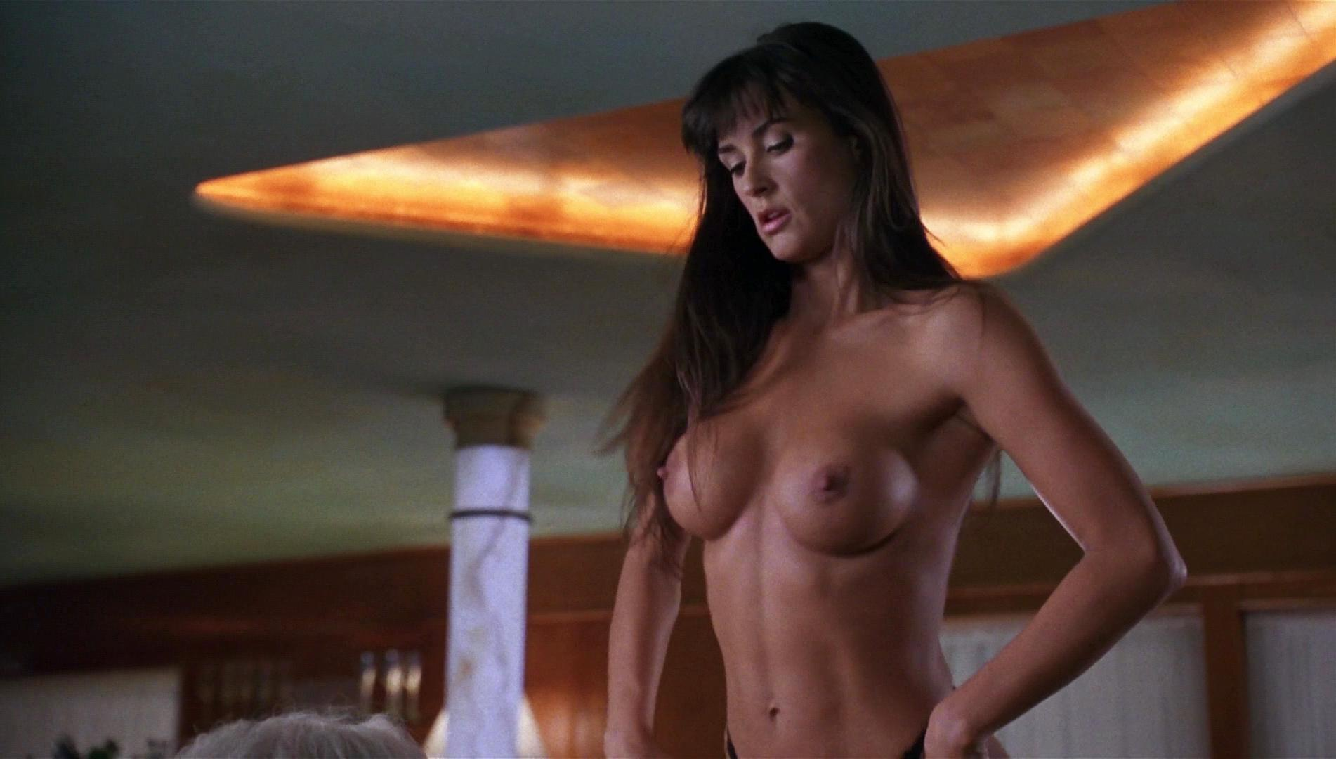 video clip tease Strip demi moore