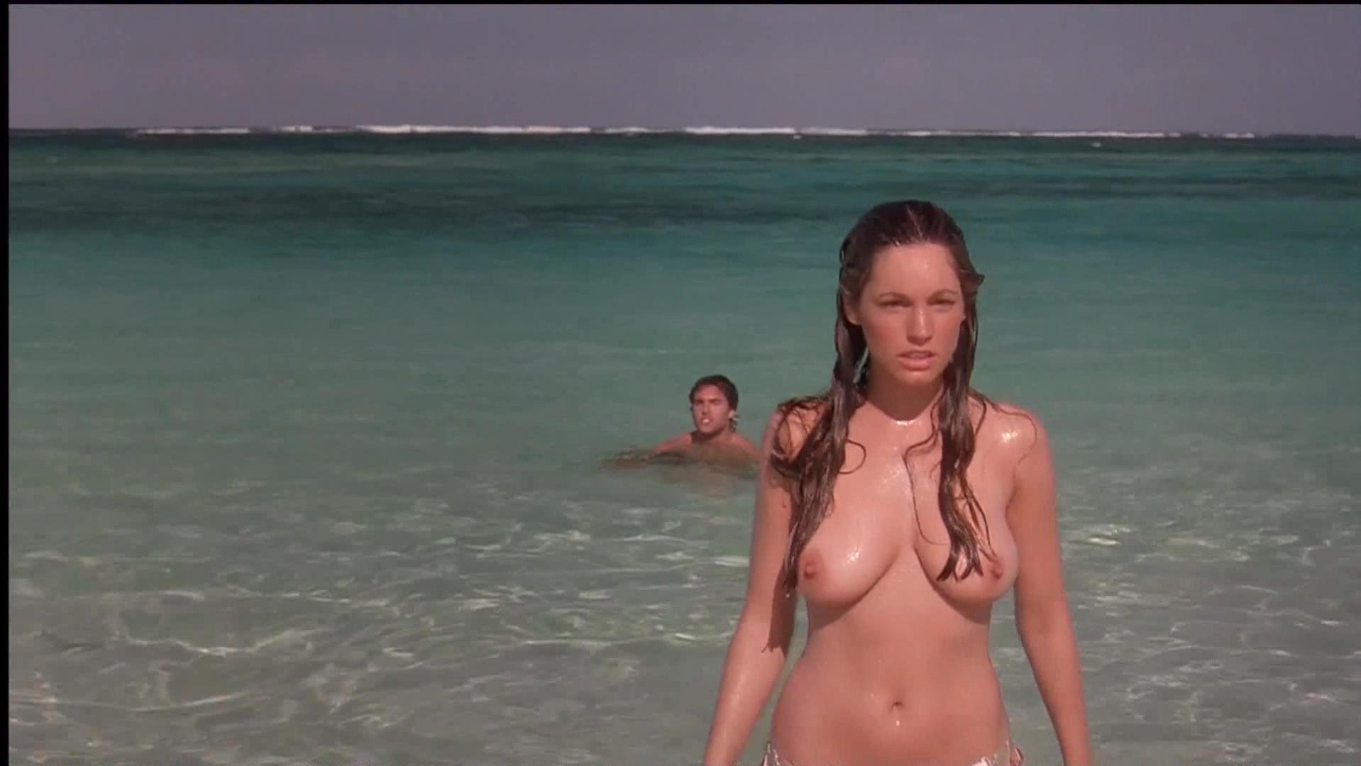 Kelly Brook nude - Three (2005)
