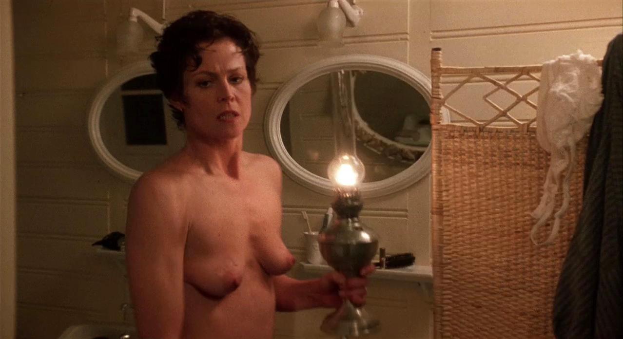 Nude Pics Of Sigourney Weaver