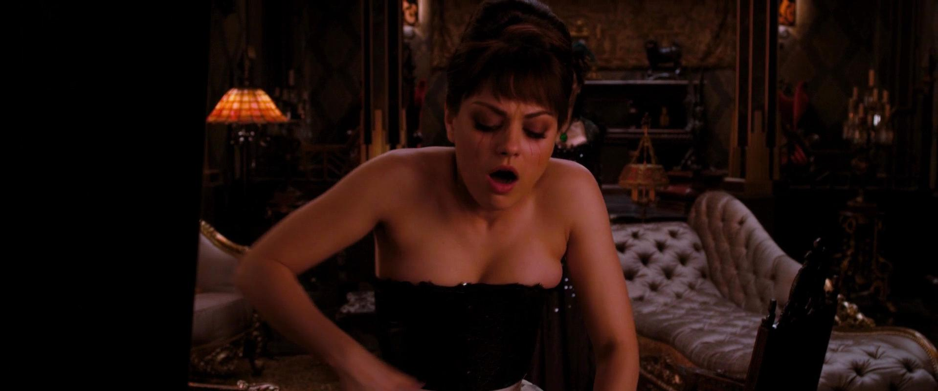 Mila kunis boobs real forgetting sarah marshall