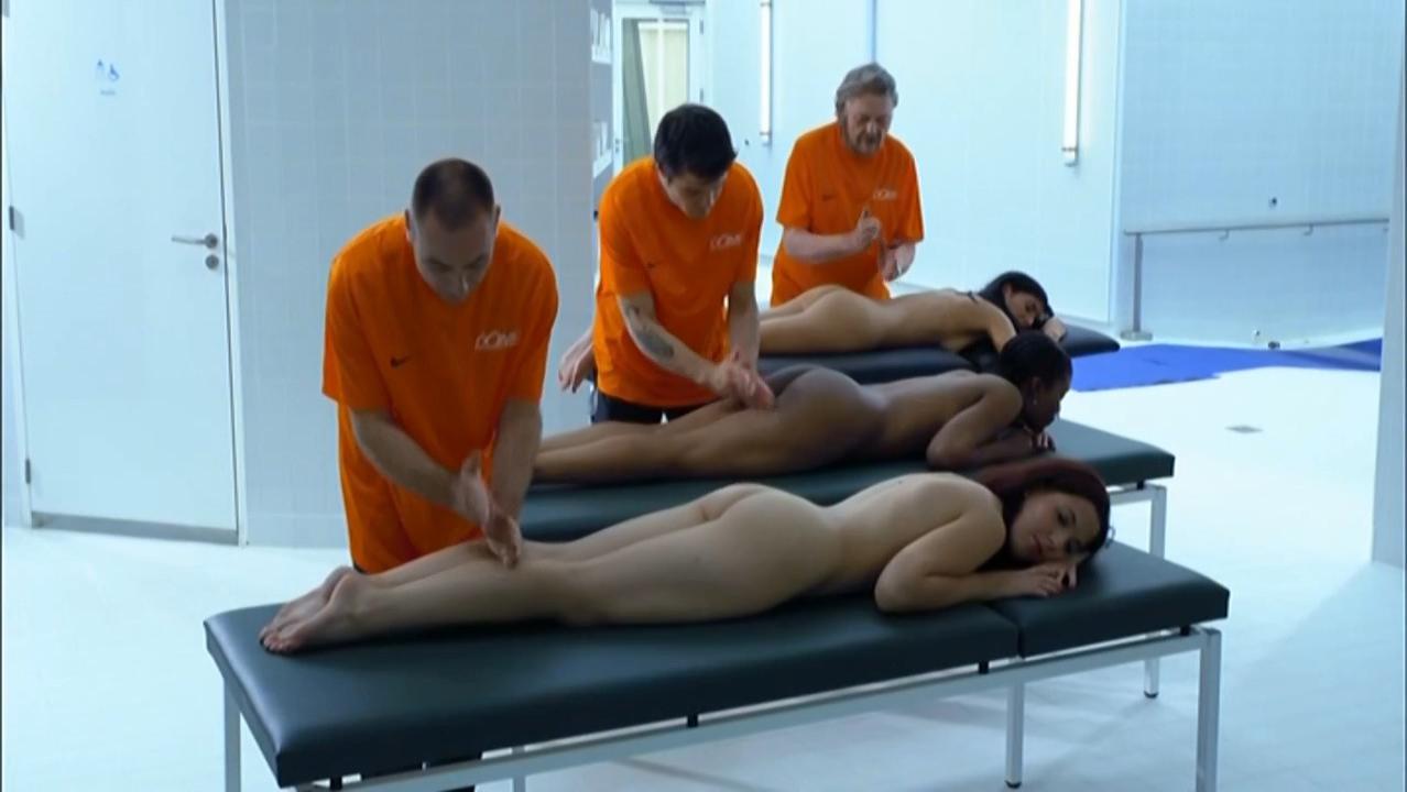 Nude video celebs » Solene Hebert nude – Le Mentor (2011)
