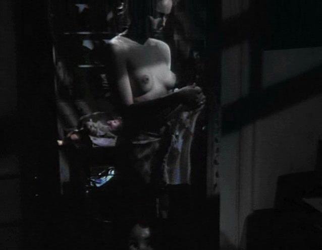Paulina gaitan nude in eddie reynolds y los angeles de acero - 1 part 4