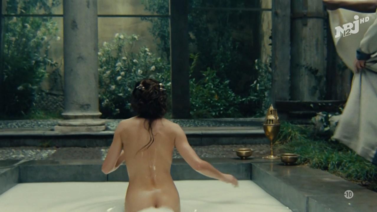 Jacqueline fernandez hot and nude