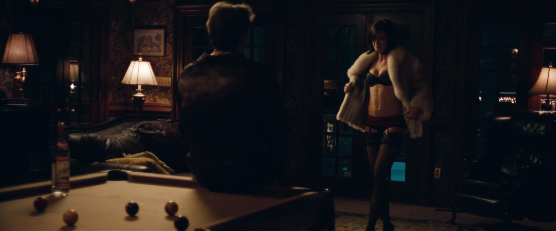 Emily Blunt nude, Anne Heche sexy - Arthur Newman (2012)
