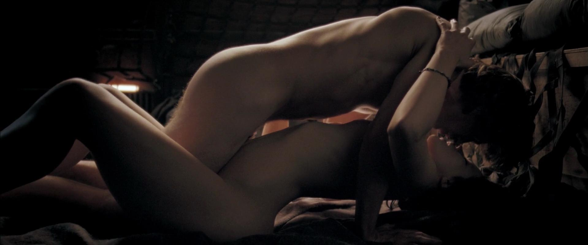 Kate Beckinsale Nude Sex Scenes