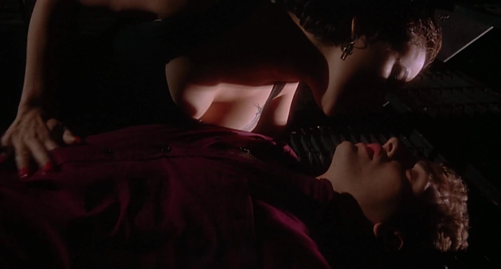 Jennifer Tilly Nudes 26