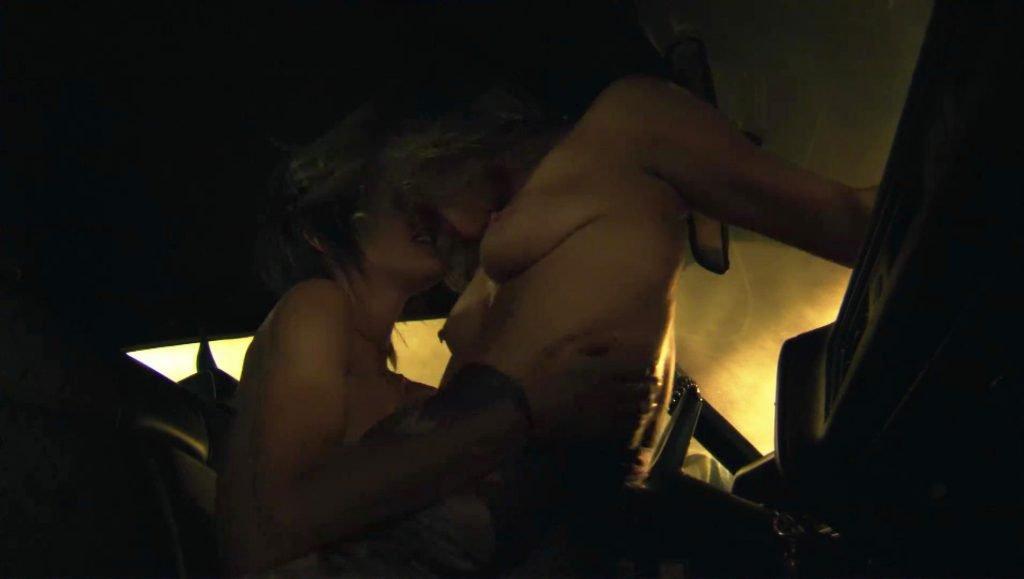 Woman masturbation during massage hidden camera