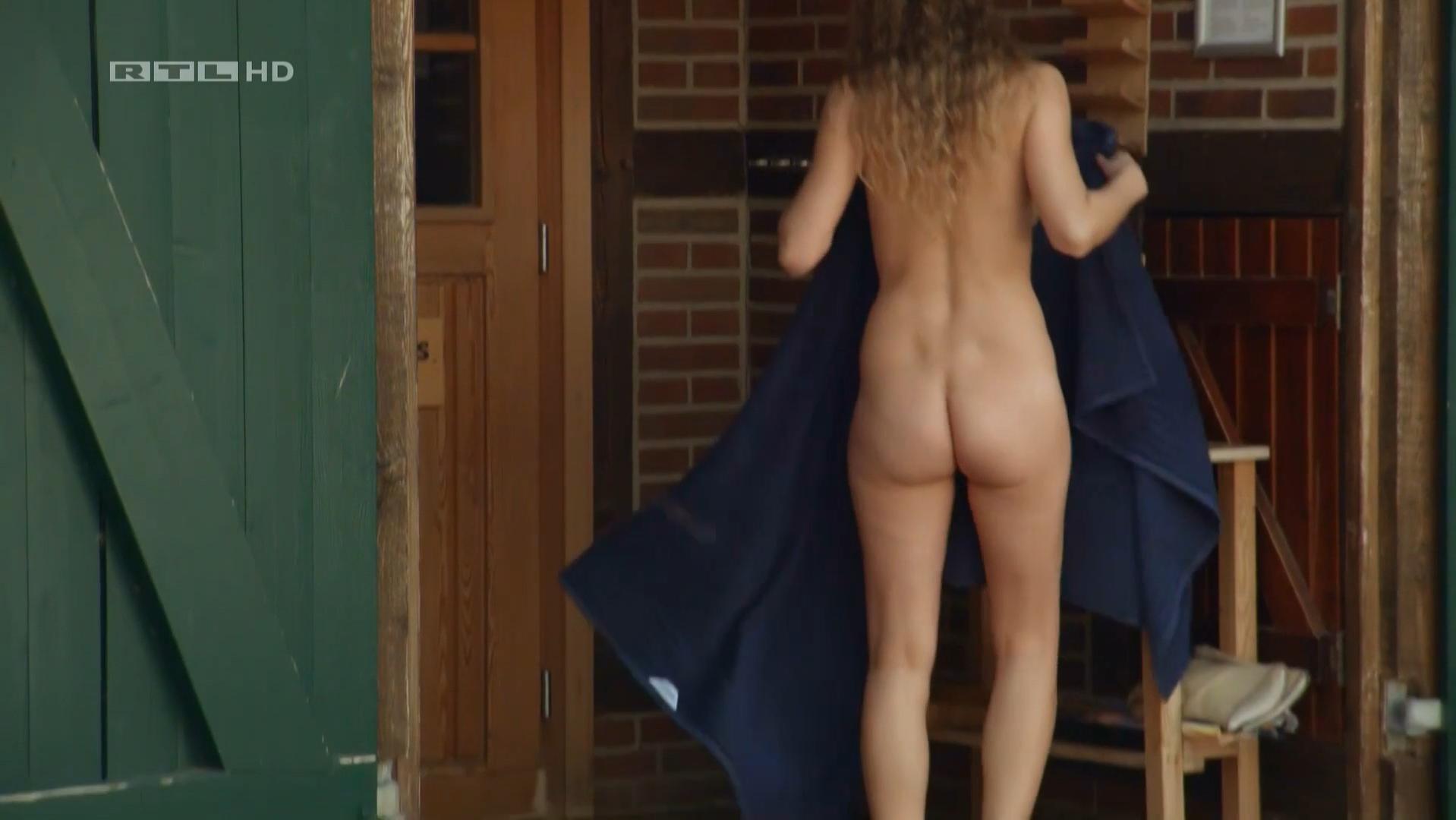 Jantje Billker nude - Manner! Alles auf Anfang s01e02 (2015)