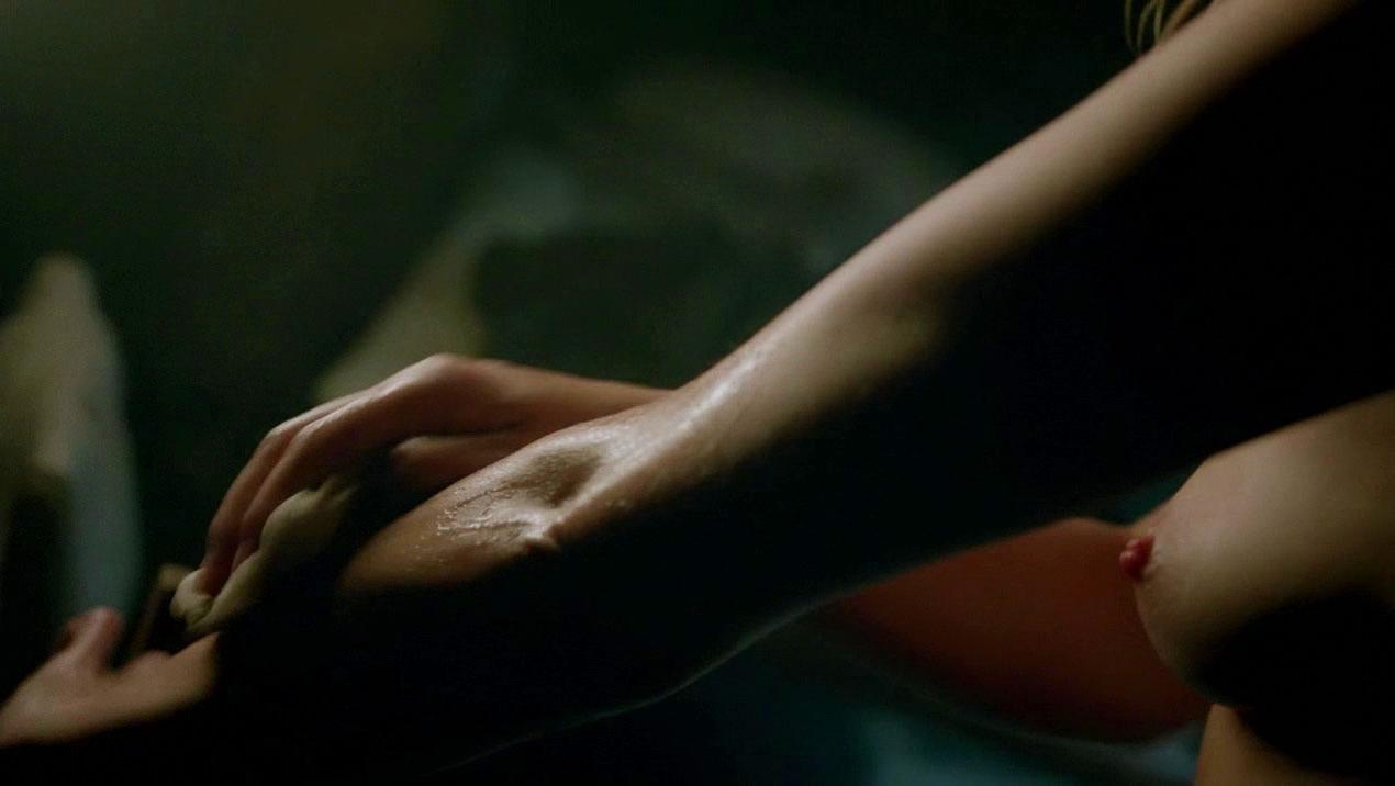 Hannah New nude - Black Sails s03e02 (2016)
