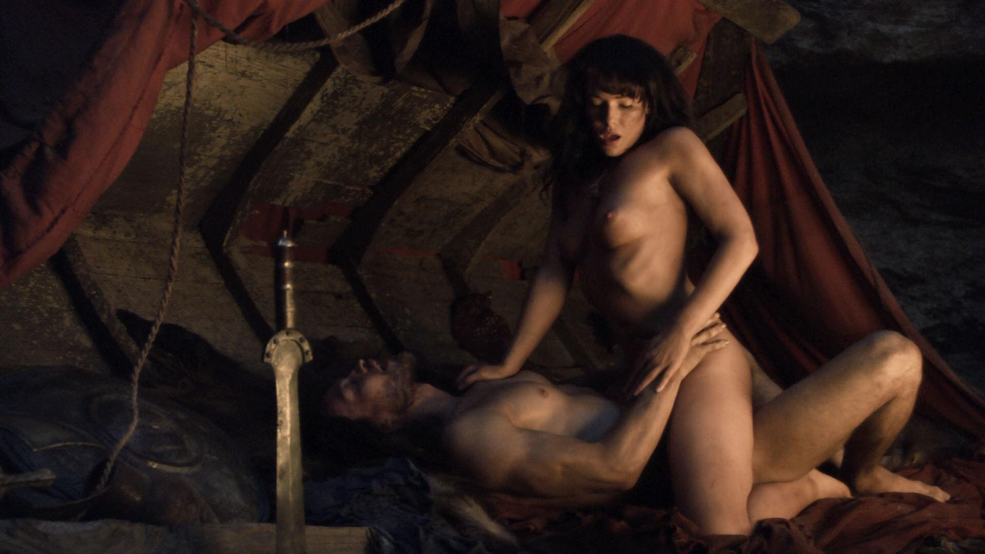 Erin Cummings nude - Spartacus: Blood and Sand s01e01 (2010)