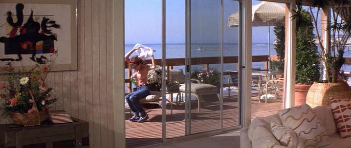 Rosanna Arquette nude, Julie Andrews nude - S.O.B. (1981)