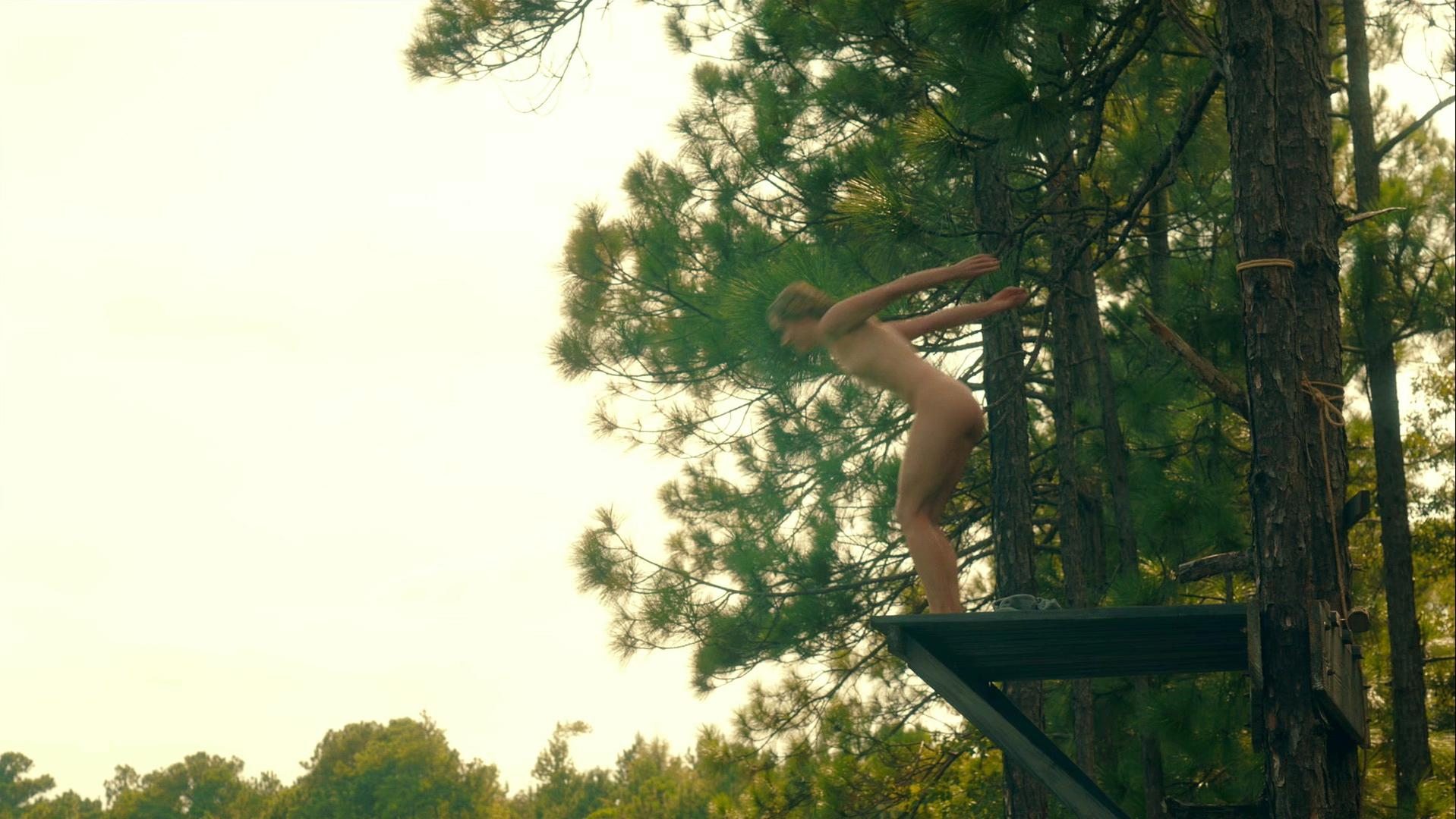 Christina Ricci nude - Z The Beginning of Everything s01e01 (2017)