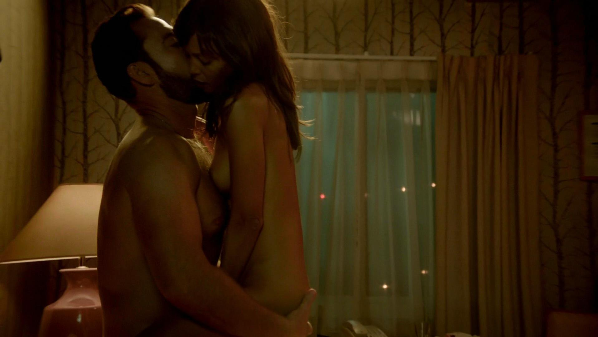 Thandie Newton nude - Rogue s01e05 (2013)