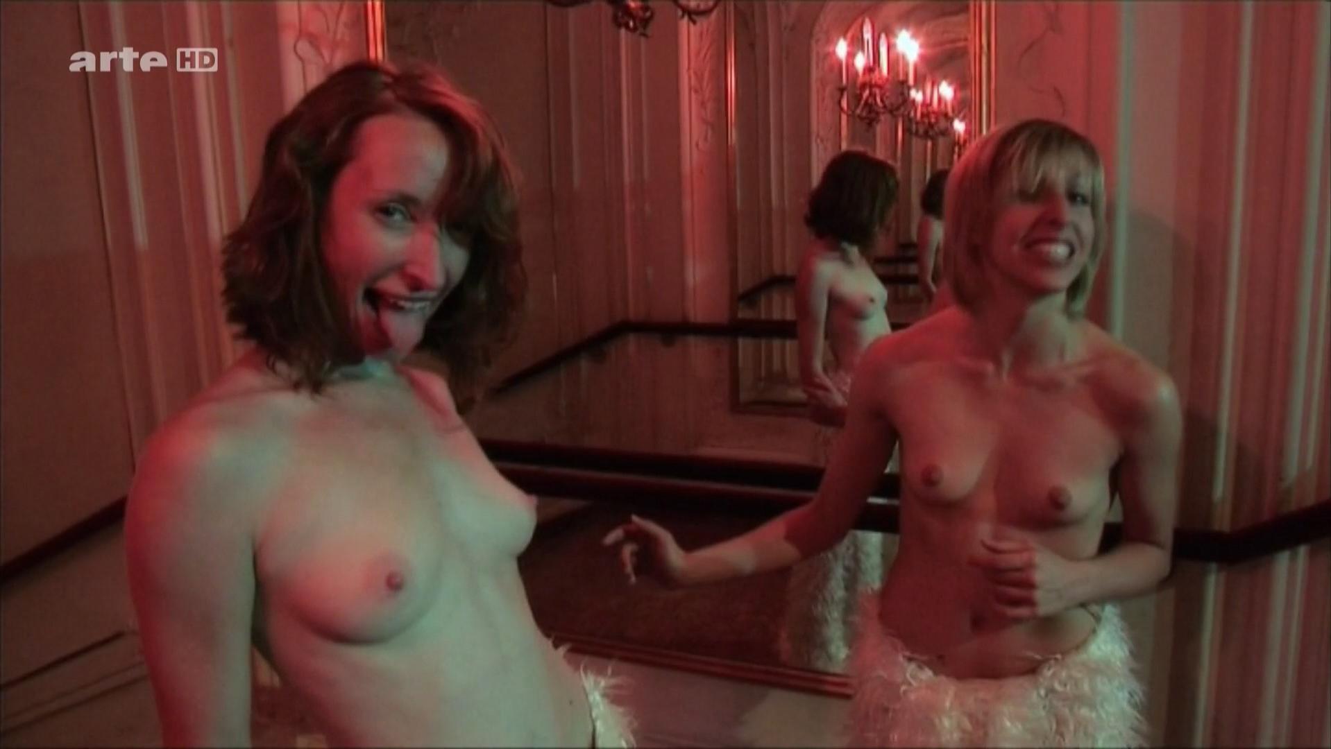 Stephanie Cumming nude, Katharina Meves nude, Anna Maria Nowak nude - Burning Palace (2009)