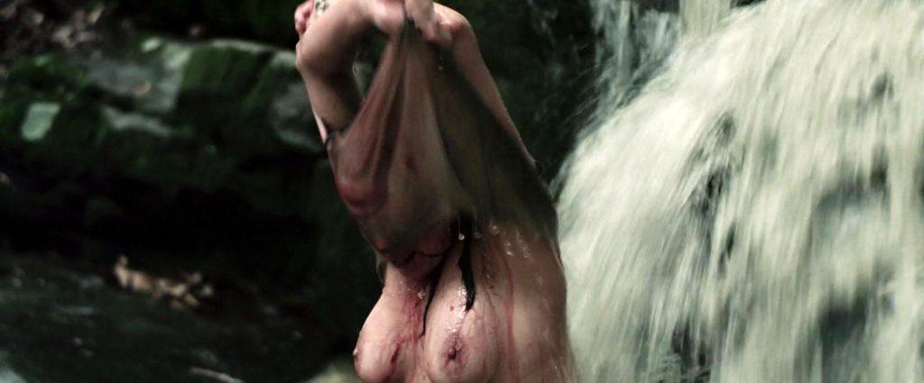 Juliet Reeves Nude 59