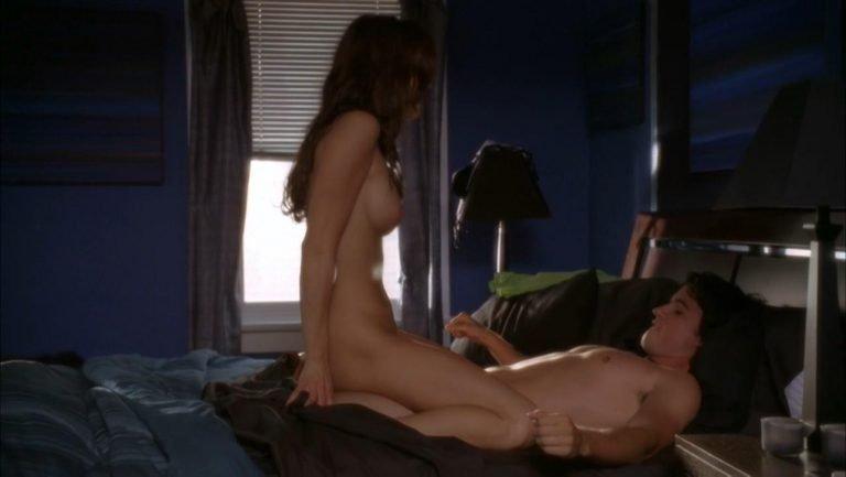 голая обнаженная наоми харрис секс сцена видео