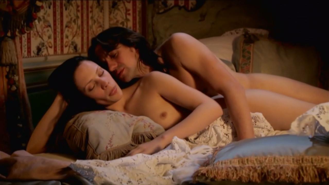 Camille de pazzis nude nicolas le floch s03e01 7