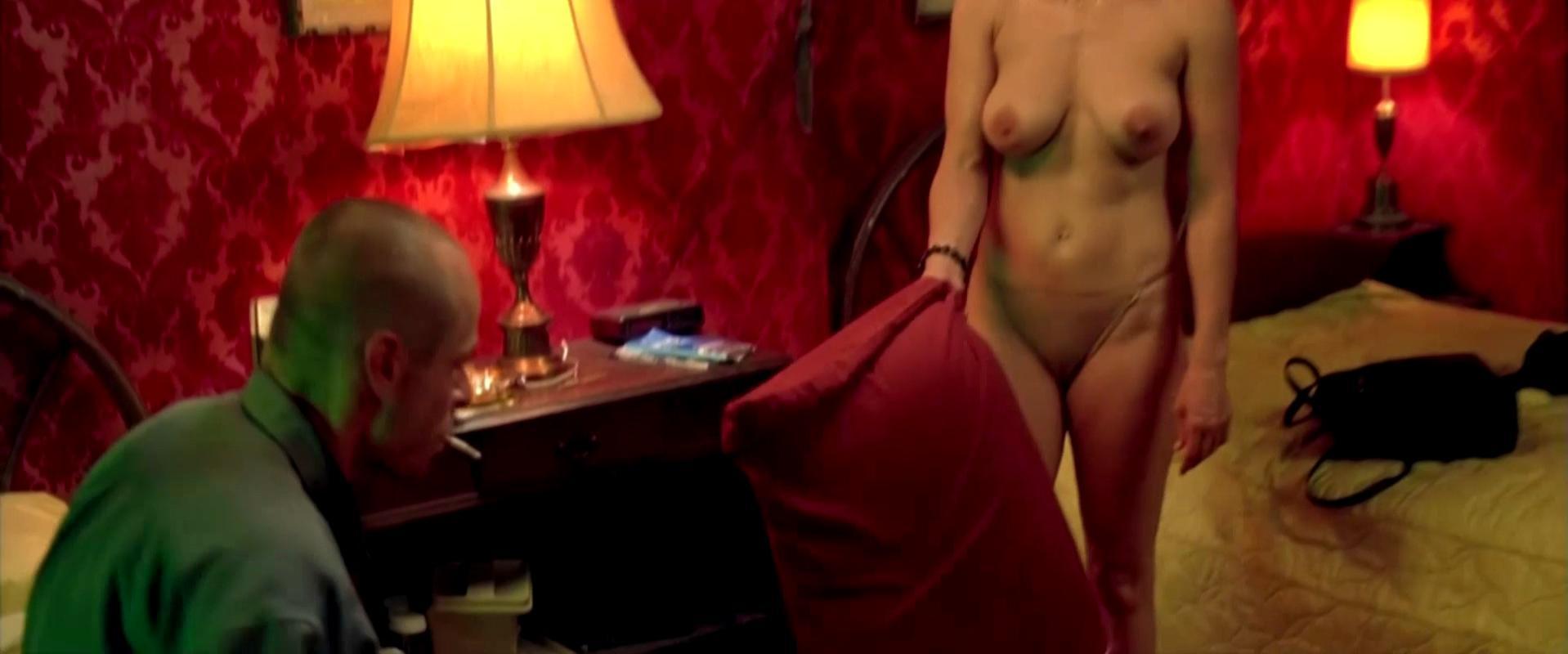 Noelle Evans nude - 15 Minutes (2001)