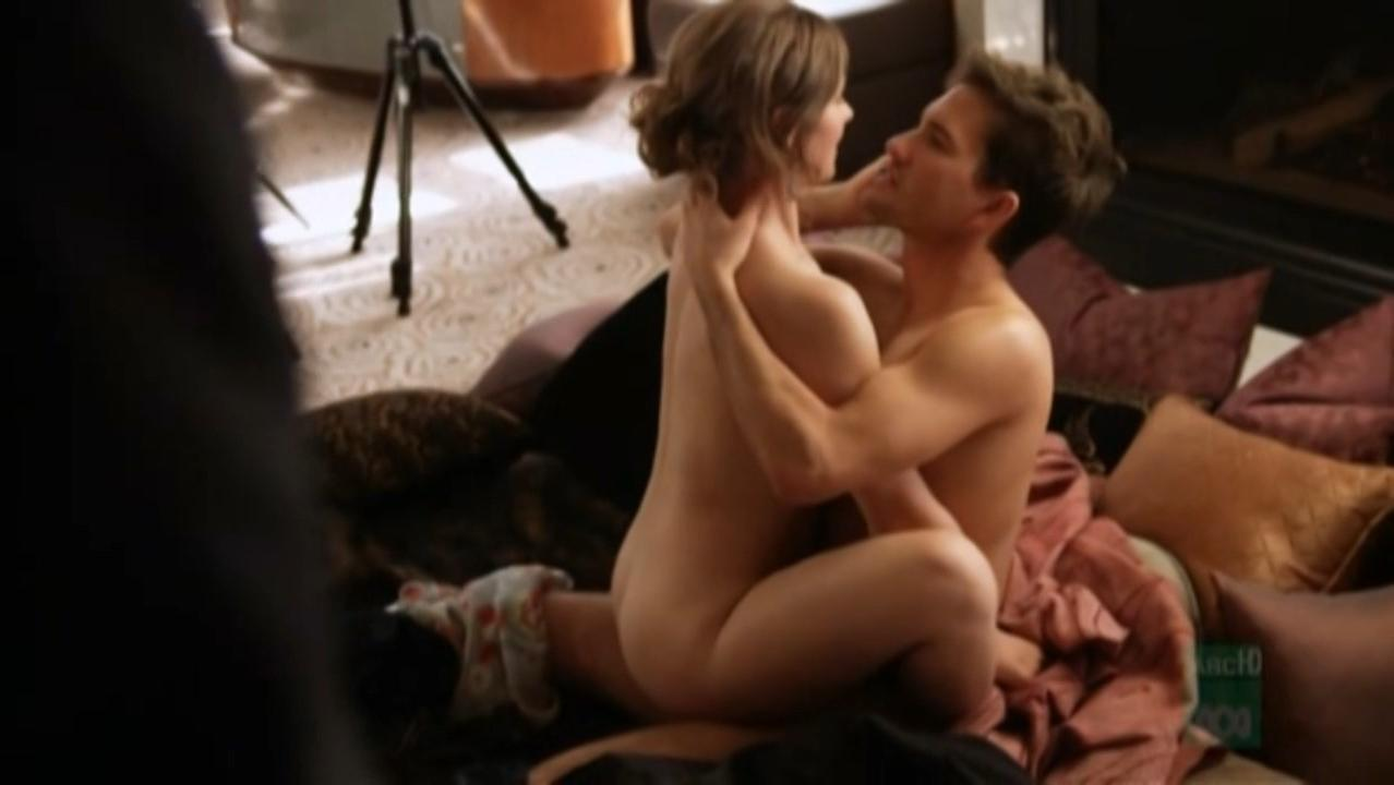 Beth Buchanan nude - Lowdown s01e01 (2010)