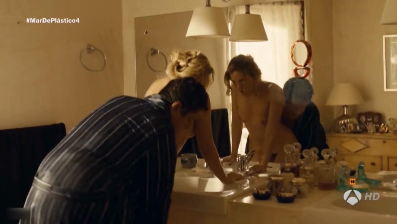 Lisi Linder nude - Mar de plastico s01e04 (2015)