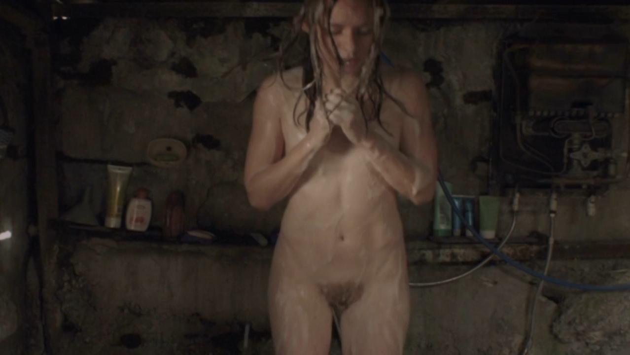 ameture older women naked