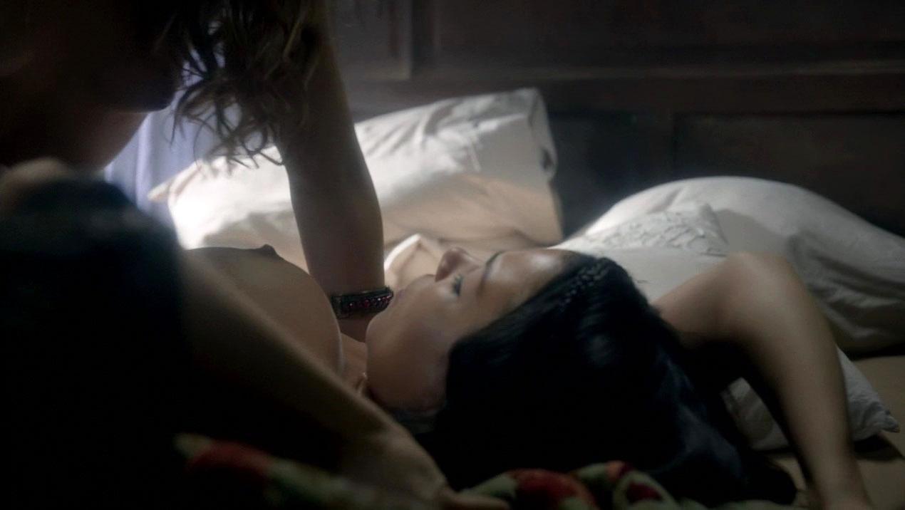 Jessica Parker Kennedy nude, Nevena Jablanovic nude - Black Sails s03e08 (2016)