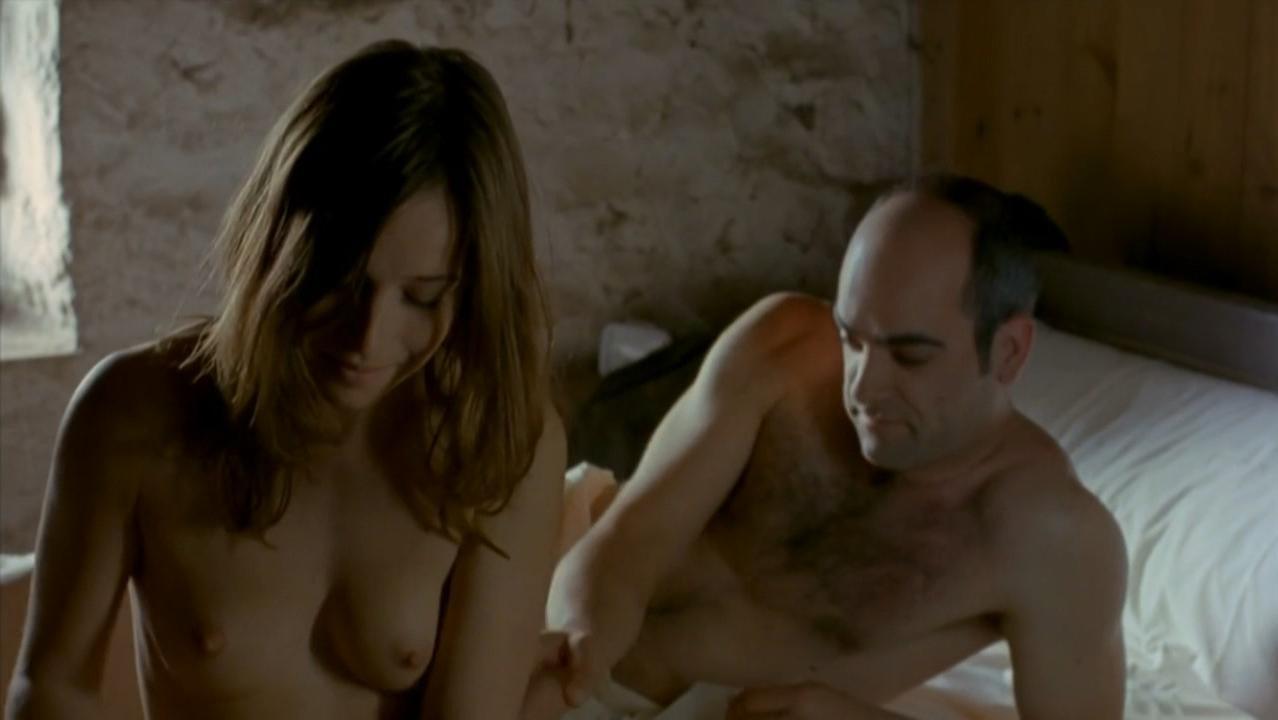 Marta Etura Nude