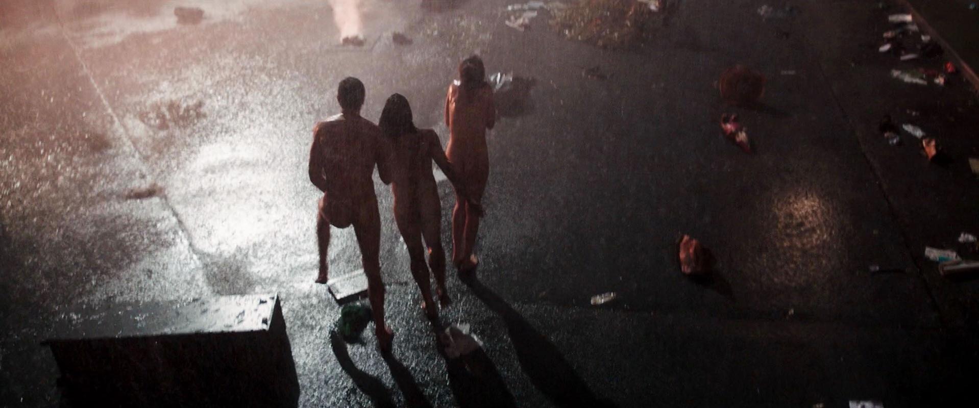 grid-girls-nude-freaks-snowdon