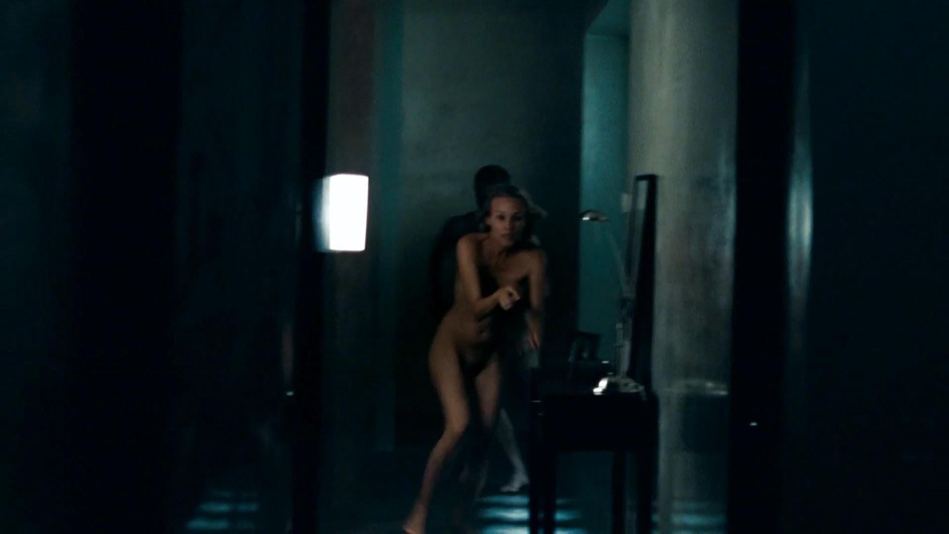 Wild jungle girl nude