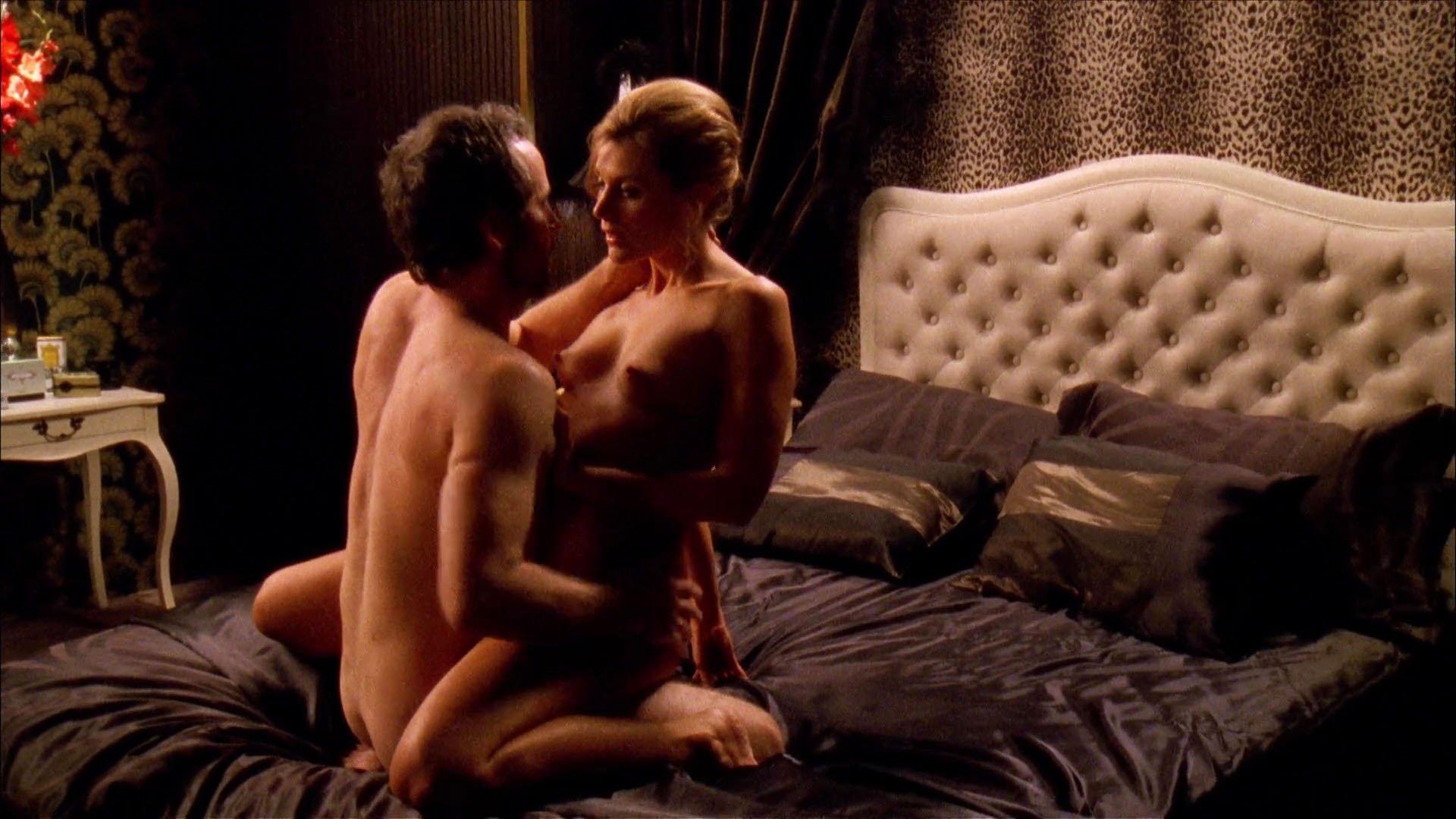 Diana Glenn nude - Satisfaction s02 (2009)