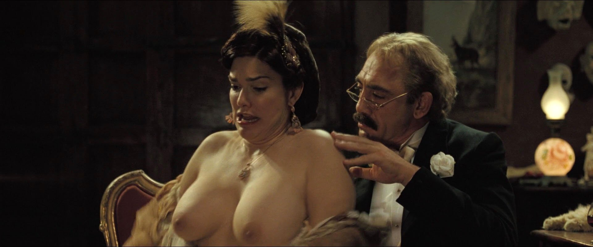 Laura Harring nude - Love in the Time of Cholera (2007)