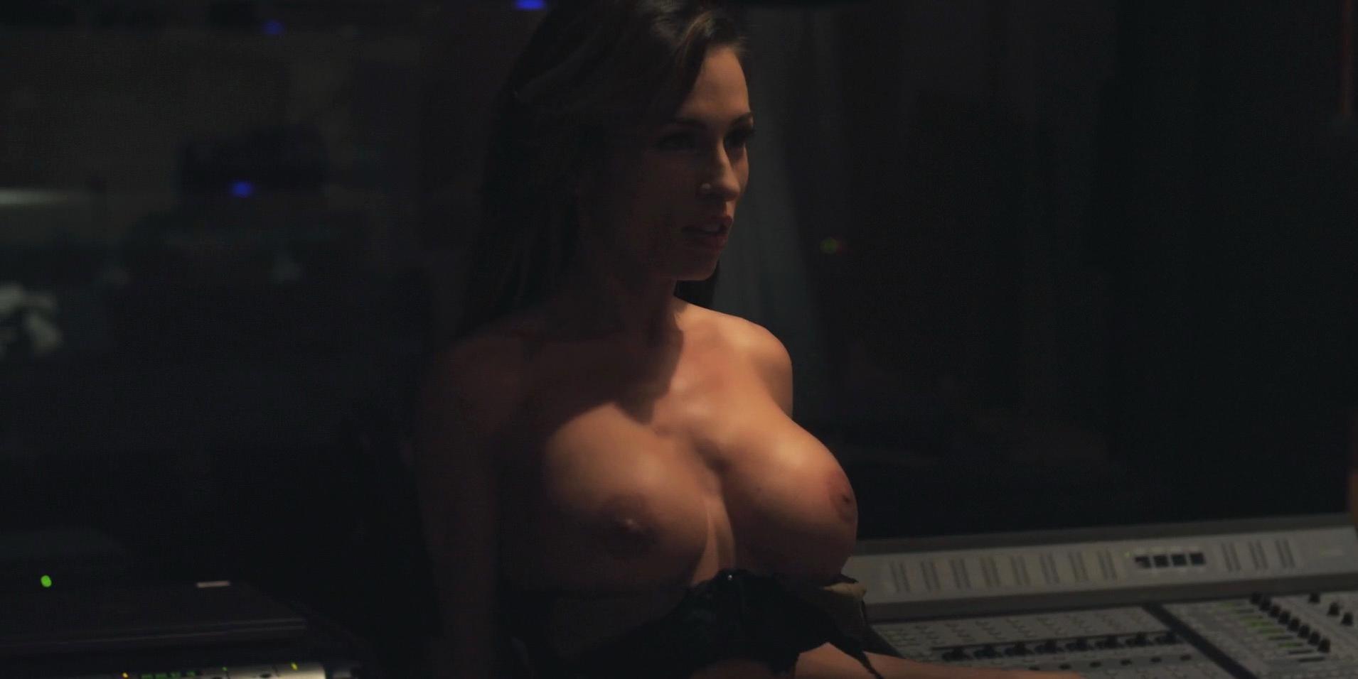 Aria London nude, Jillian Leigh nude - The Badger Game (2014)