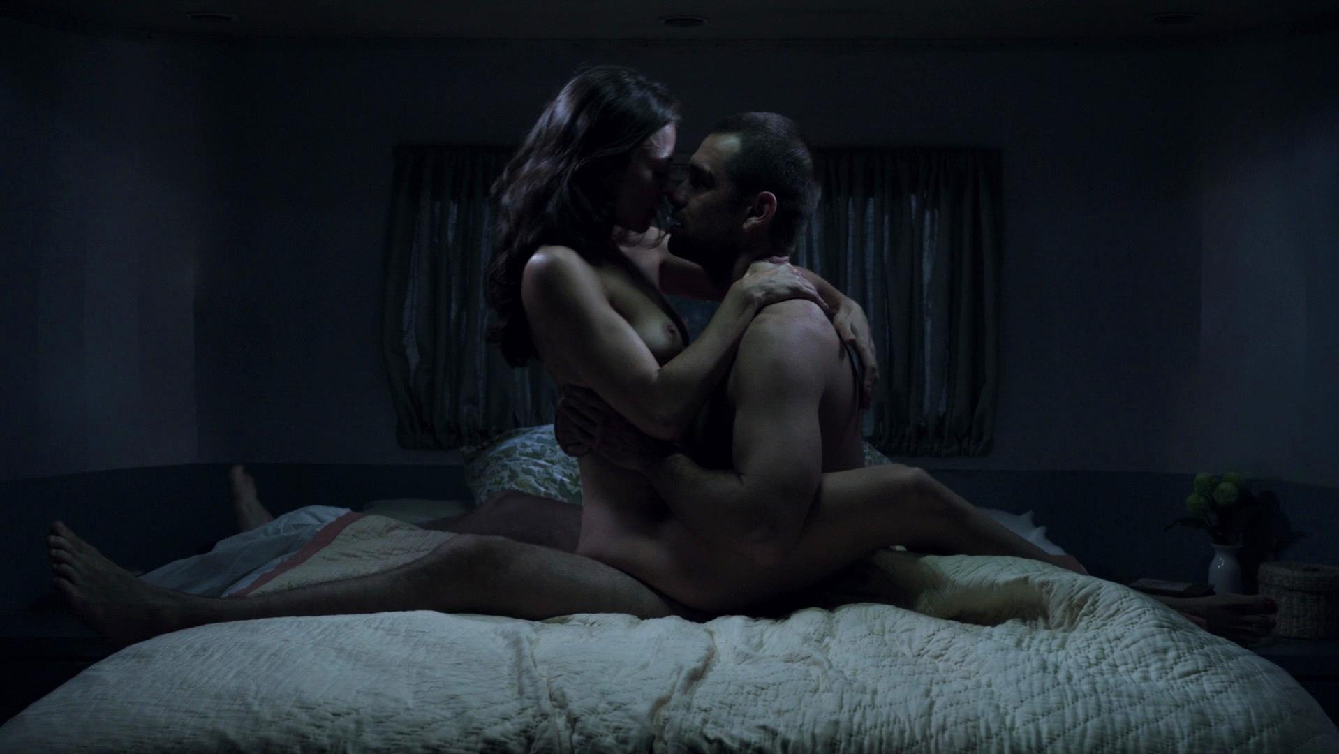 Trieste Kelly Dunn nude - Banshee s02e03 (2014)