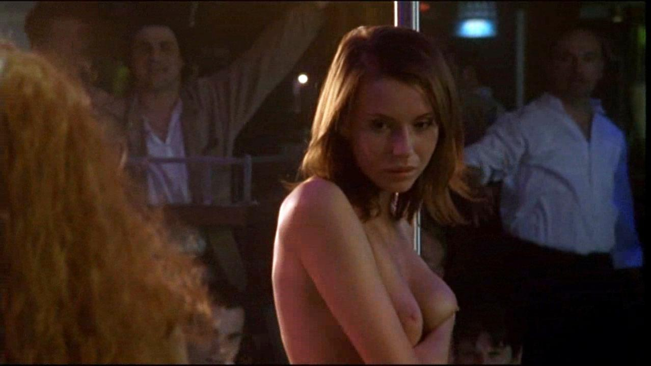 Lyubov Tolkalina nude, Mila Lipner nude - Matrioshki s01e02 (2005)