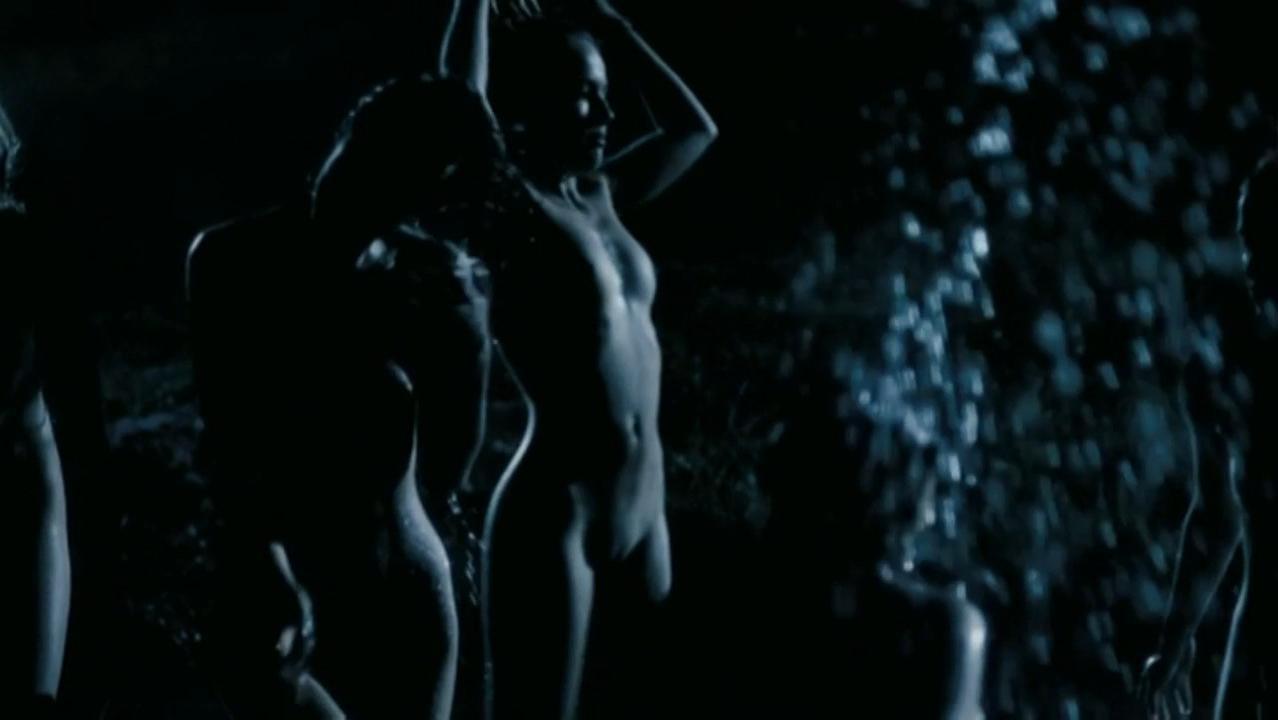 Tereza Voriskova nude, Bela Sarayova nude, Andrea Kerestesova nude - Rafters (2006)