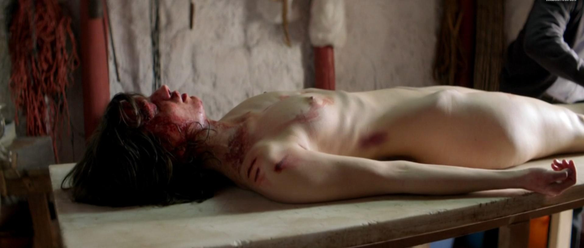 Delphine Tempels nude - Canibal (2013)