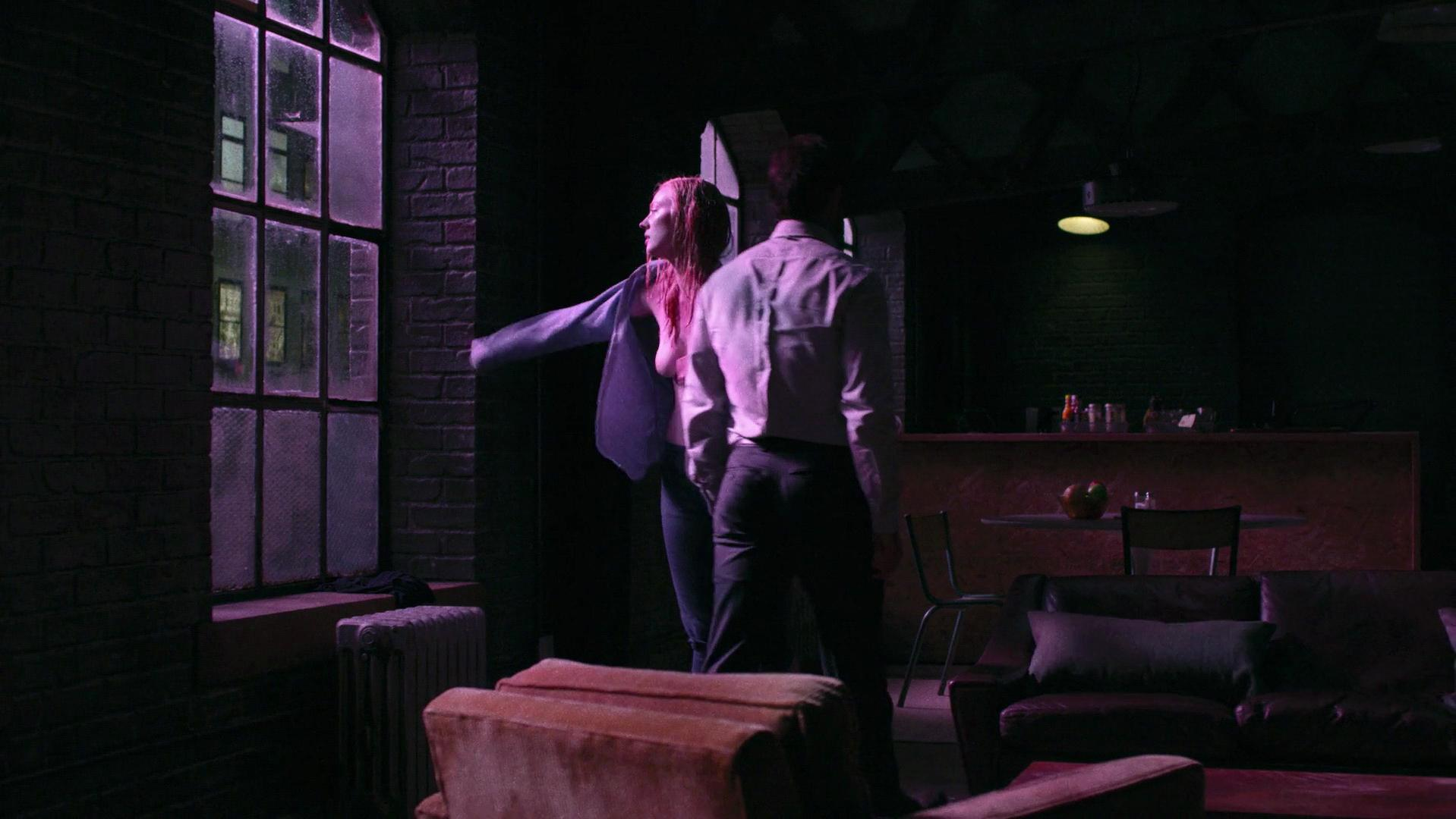 Deborah Ann Woll sexy - Daredevil season (2015)