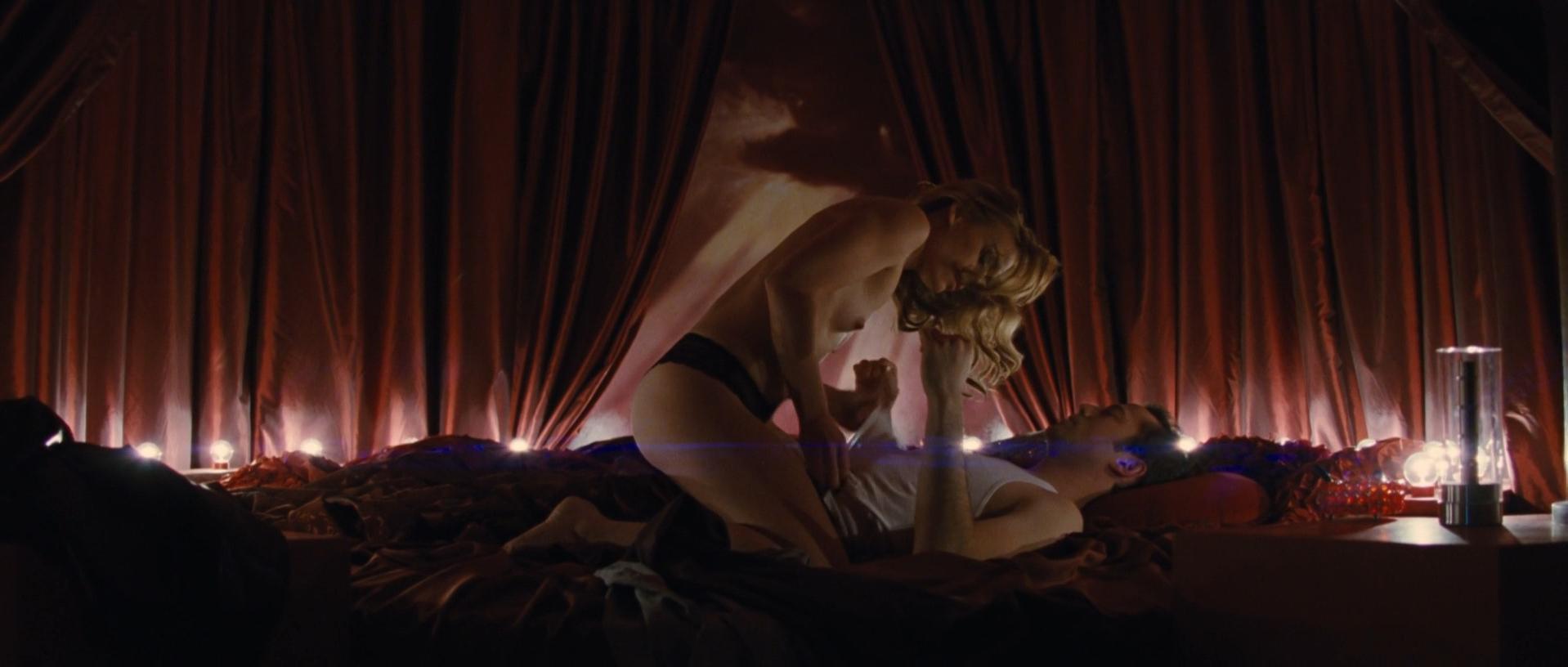 Piper perabo nude video