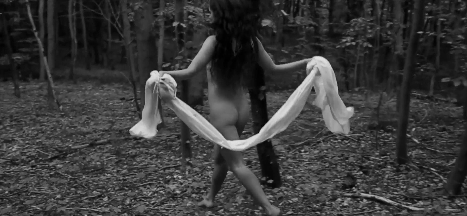 Natalie Dinesen nude - Nokken (2015)