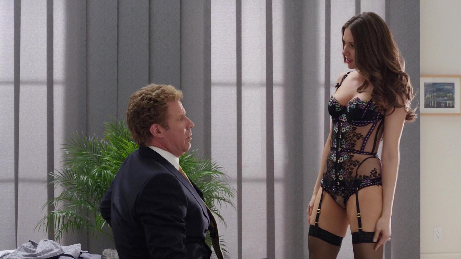 Alison Brie sexy - Get Hard (2015)